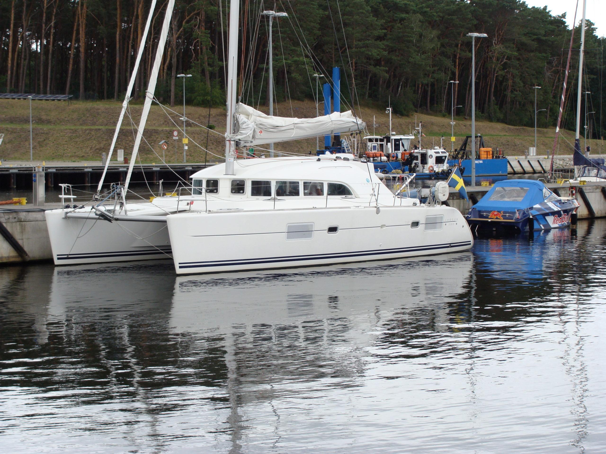 Jacht morski 20