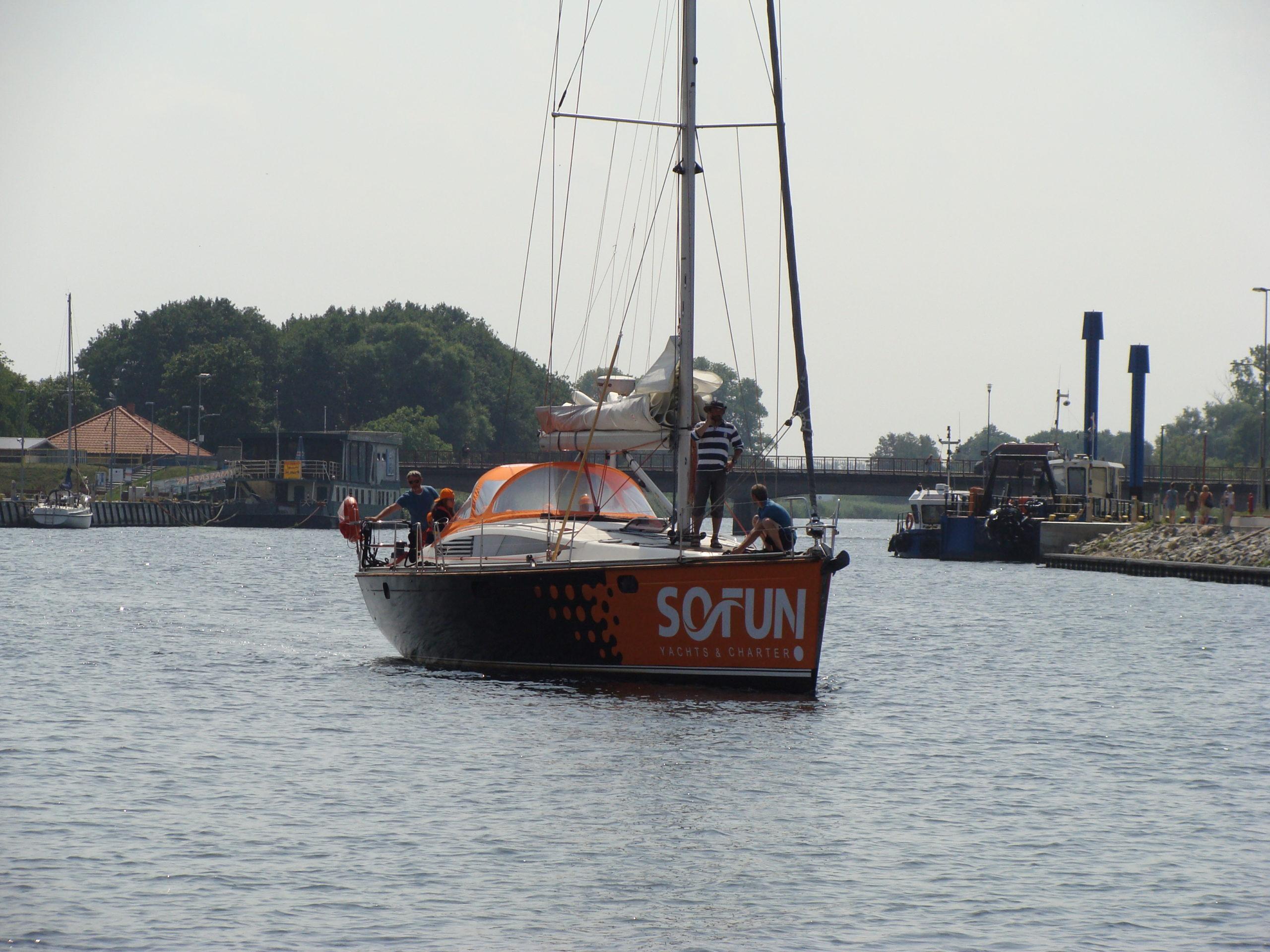 Jacht morski 5